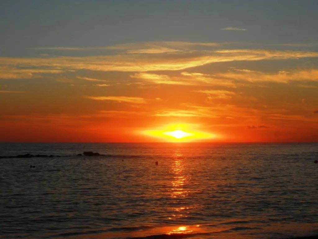 Le foto delleccezionale tramonto di oggi visto da Palizzi RC  Meteo Web