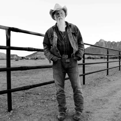 Seasick Steve - Keepin' The Horse Between Me And The Ground cover