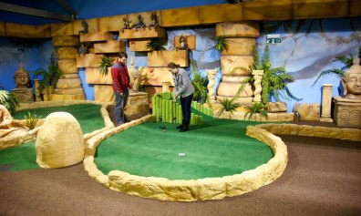 Paradise-Island-Adventure-Golf-8