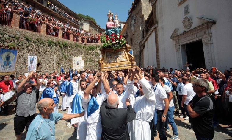 Photo of Quell'incenso che riavvicina a Dio