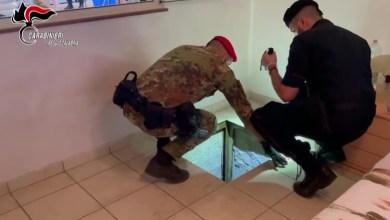 Photo of Carabinieri scoprono bunker all'interno di un'abitazione privata
