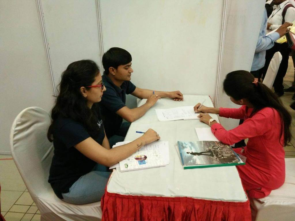 Job_Fair_at_Tops_Technology_metizsoft_4