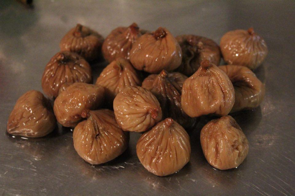 αποξηραμένα σύκα dried figs βρασμένα