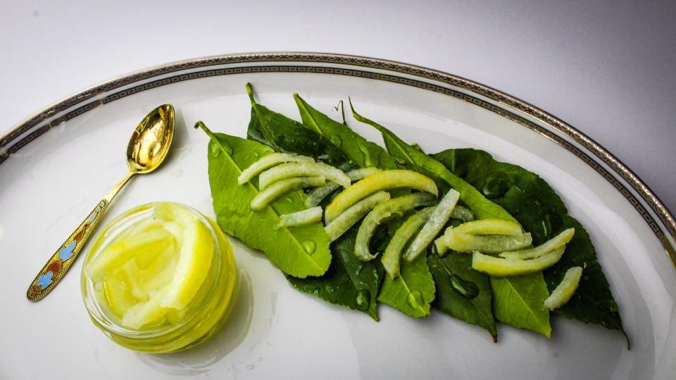 γλυκό λεμόνι φλούδα
