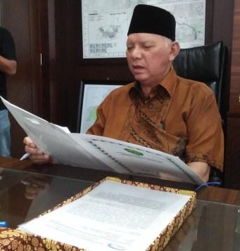 Gubernur Kaltim, Awang Faroek Ishak.