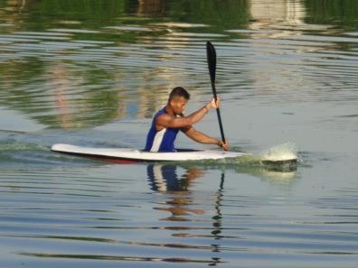 Frendi Setiawan atlet dayung Benuanta menjadi tumpuan pertama Provinsi Kaltara menciptakan medali di Namor Kayak Slalom besok.