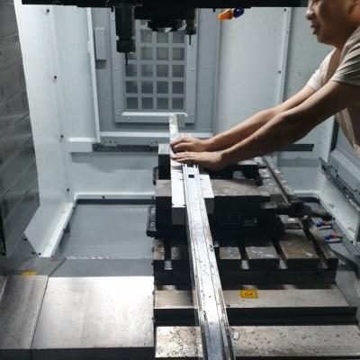 Verspanen van aluminium met CNC machine
