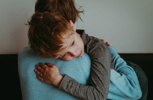 Luto infantil: saiba como lidar com crianças em relação à morte