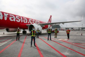 AirAsia calls for standardized global protocols to facilitate cross border air travel recovery