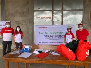 Honda Foundation, Inc. donates Ssupplies to typhoon-hit homes in Catanduanes