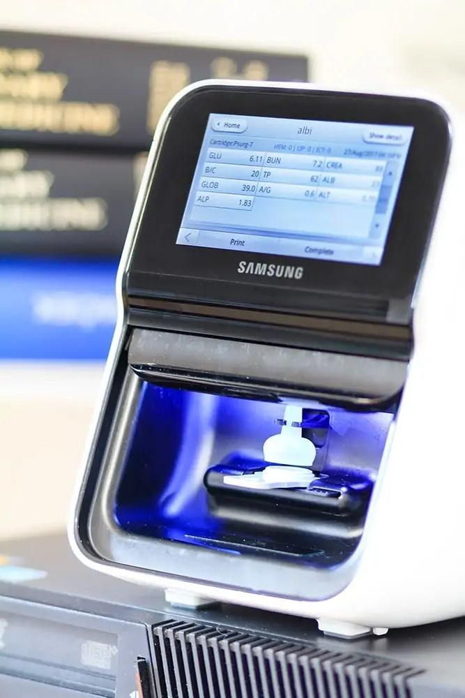 Biochemický analyzátor Samsung