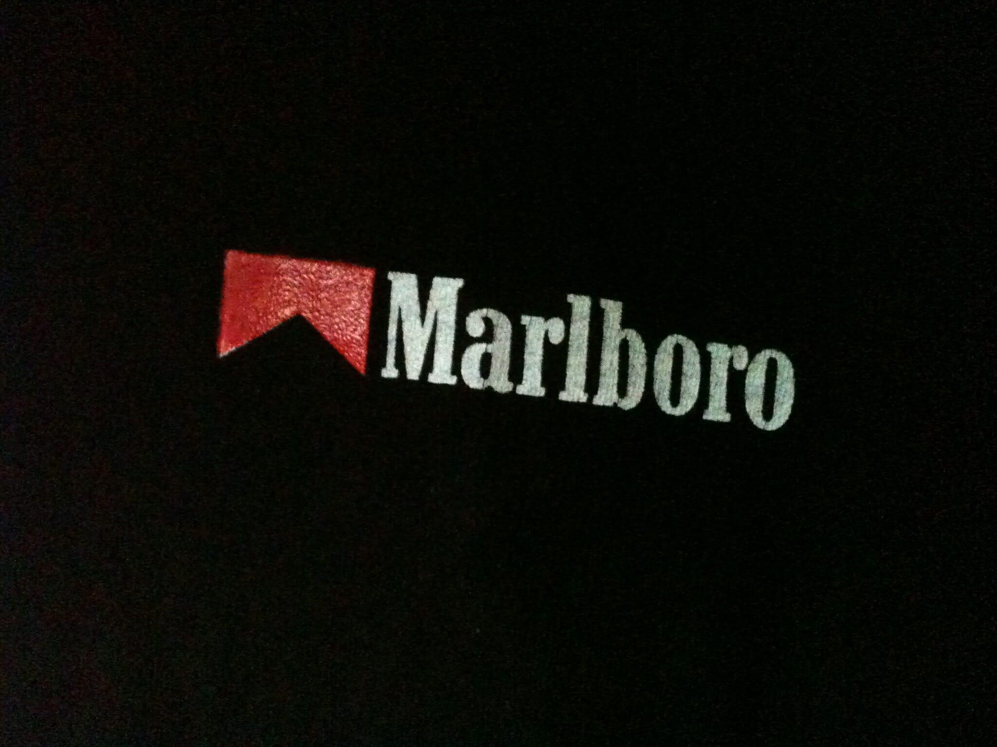 Marlboro Red cigarettes price at store