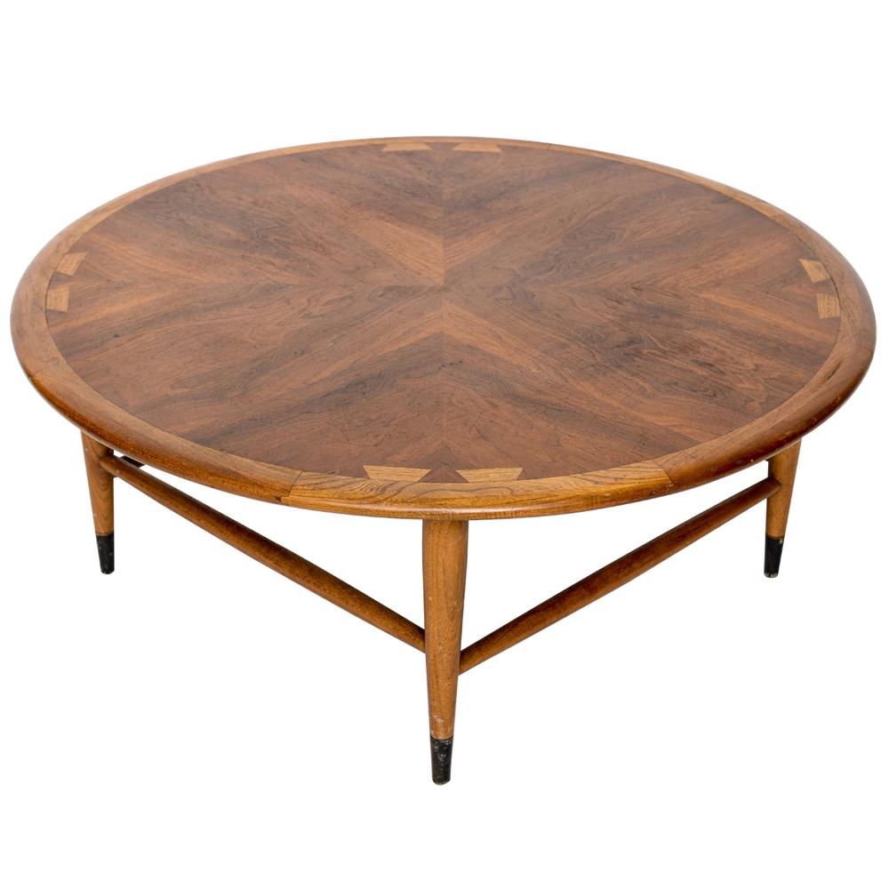 Vintage Walnut Lane Acclaim Round Coffee Table