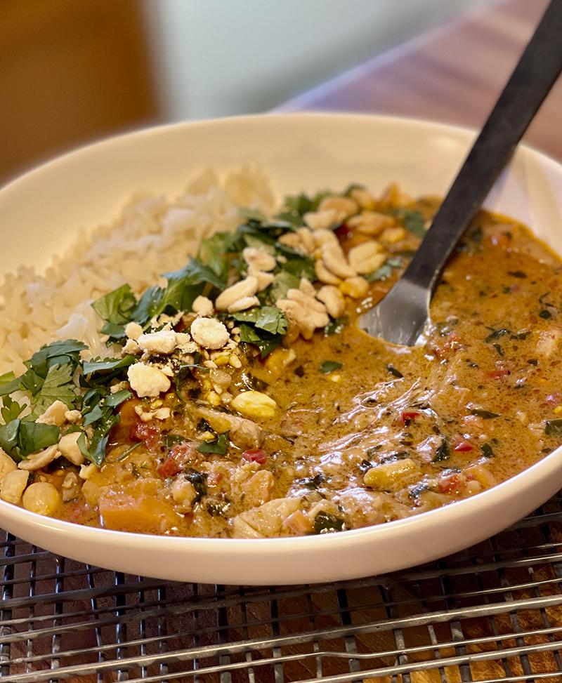Savor Recipe: Spicy Thai Peanut Curry
