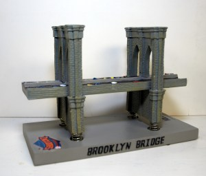 MetsPolice Brooklyn Bridge Cyclones Bobblehead