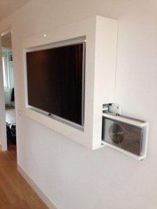 TVmeubel voor slaapkamer met verborgen dvdspelerZaal