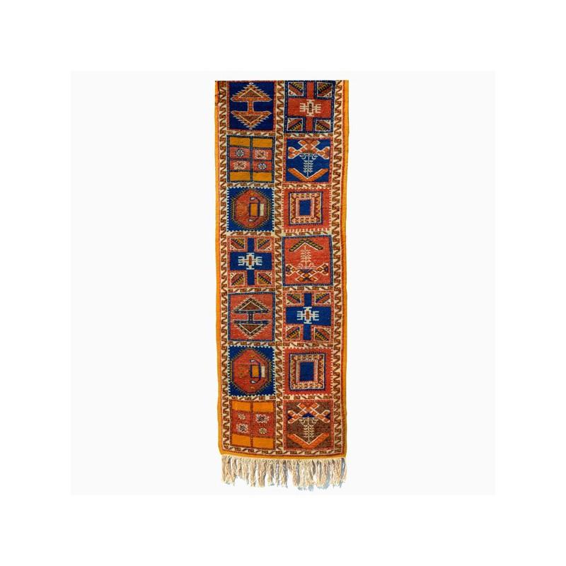 tapis berbere marocain ait ouaouzguit 011 couloir