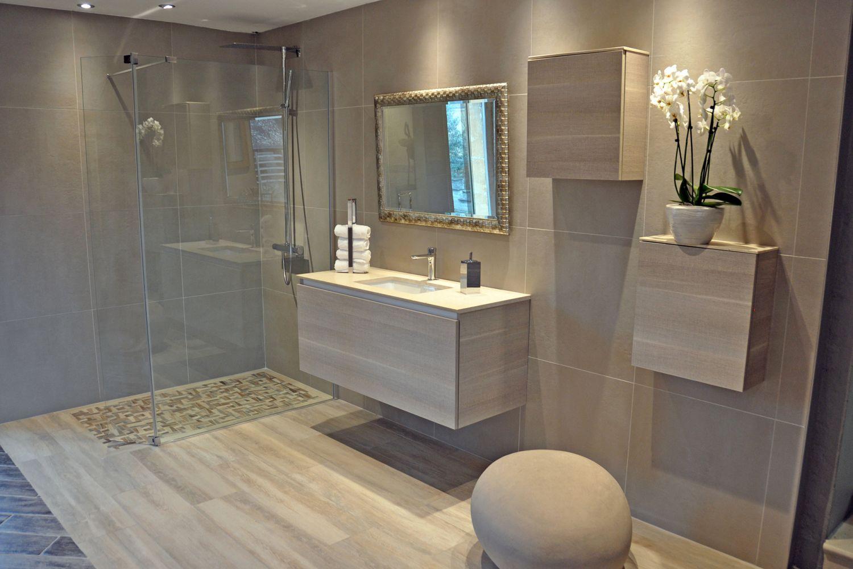 Salle de bain moderne en bois trs nature  Meuble et dcoration Marseille  mobilier design