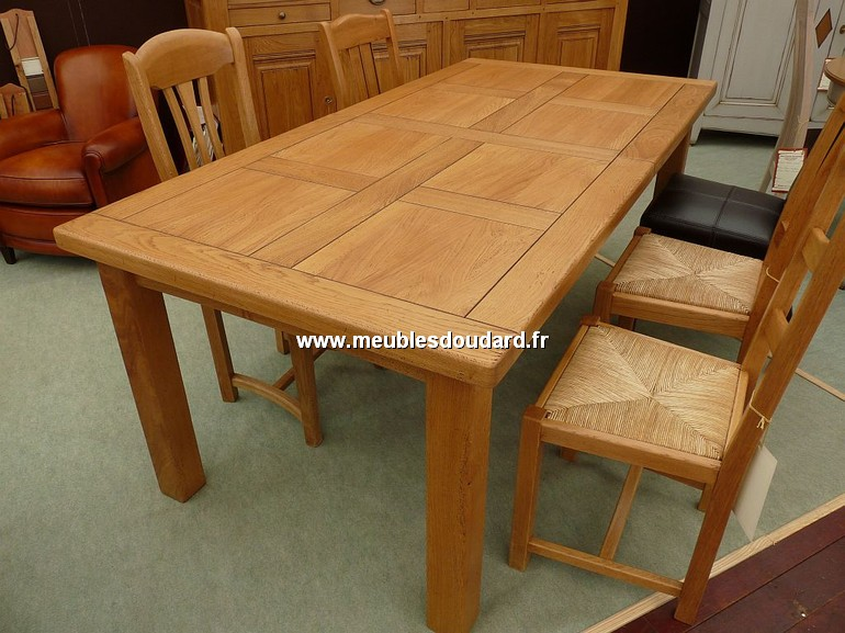 table rustique en chene ref 090585