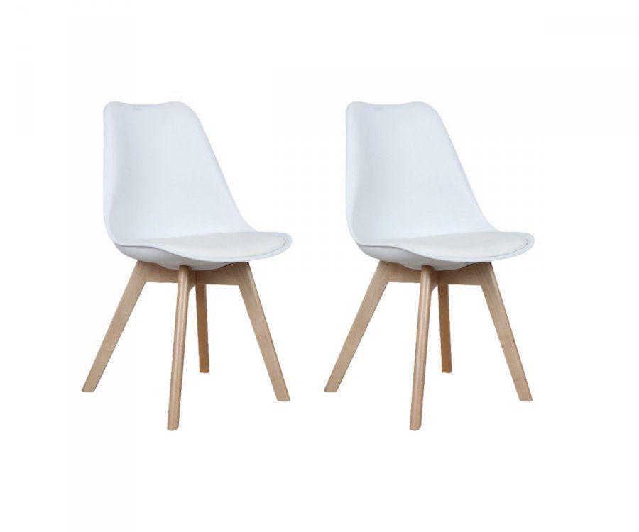 chaises scandinaves avec coussin simili cuir et pieds bois clair