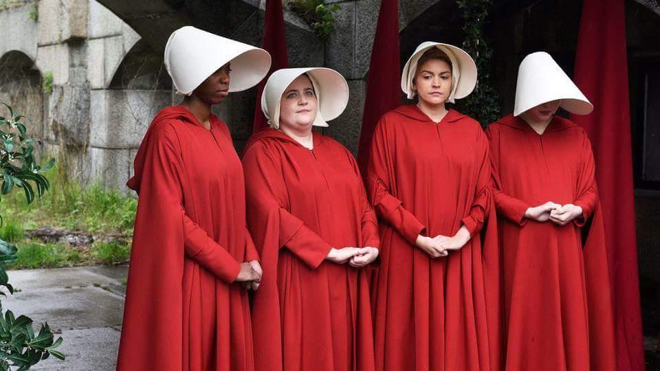 The Handmaid's Tale, grande vencedora do Emmy, será exibida no Brasil