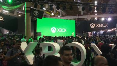 Stand Xbox One