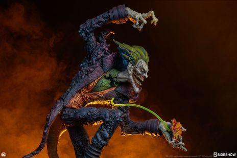 Nova estátua do Coringa para a Gotham City Nightmare