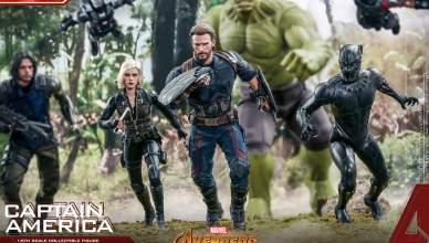 Capitão América usa escudos de Wakanda em nova estatueta