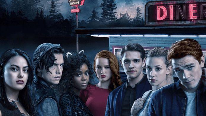Riverdale: Lili Reinhart revela passagem de tempo na quinta temporada