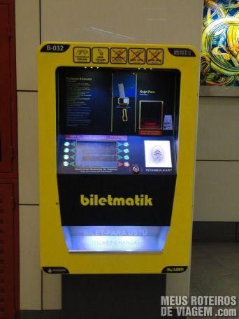 Máquina para recarregar cartão Istanbulkart - Istambul, Turquia