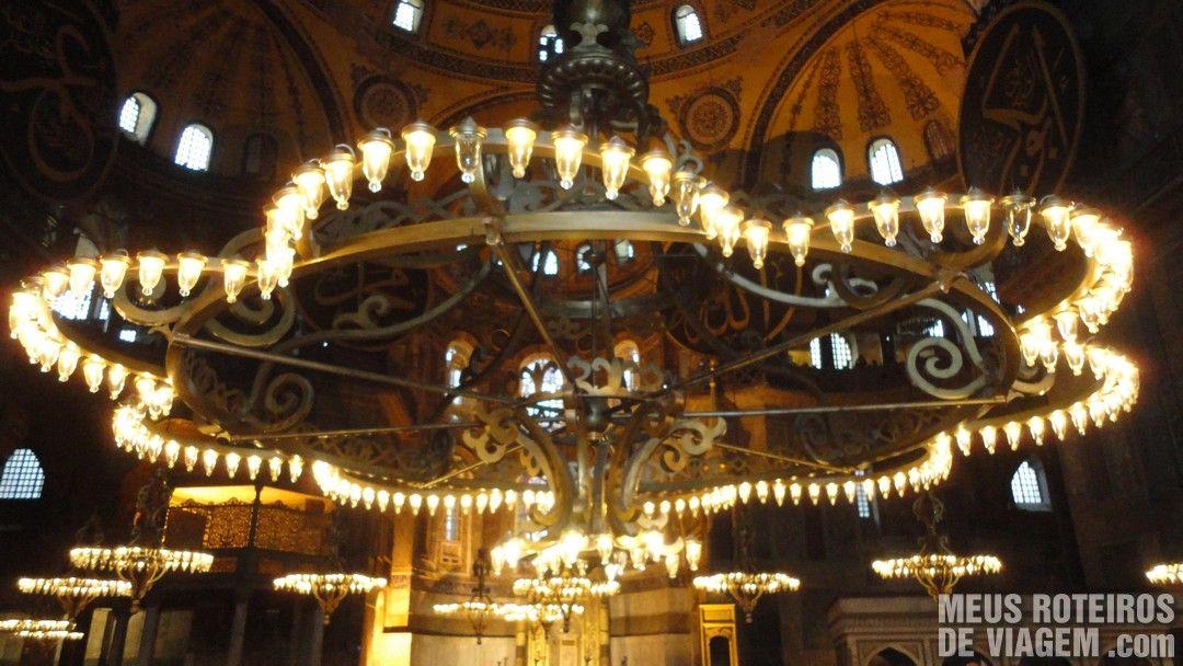 Luminária da Basílica de Santa Sofia - Istambul, Turquia