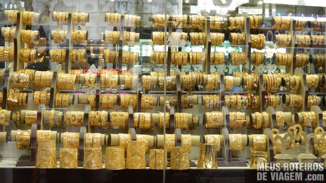 Jóias no Mercado de Ouro de Dubai - Gold Souk