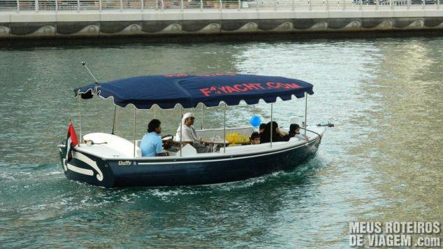 Navegando no canal artificial
