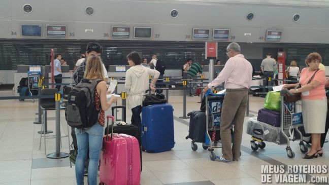 Check-in da TAM no Aeroporto de Ezeiza - Buenos Aires