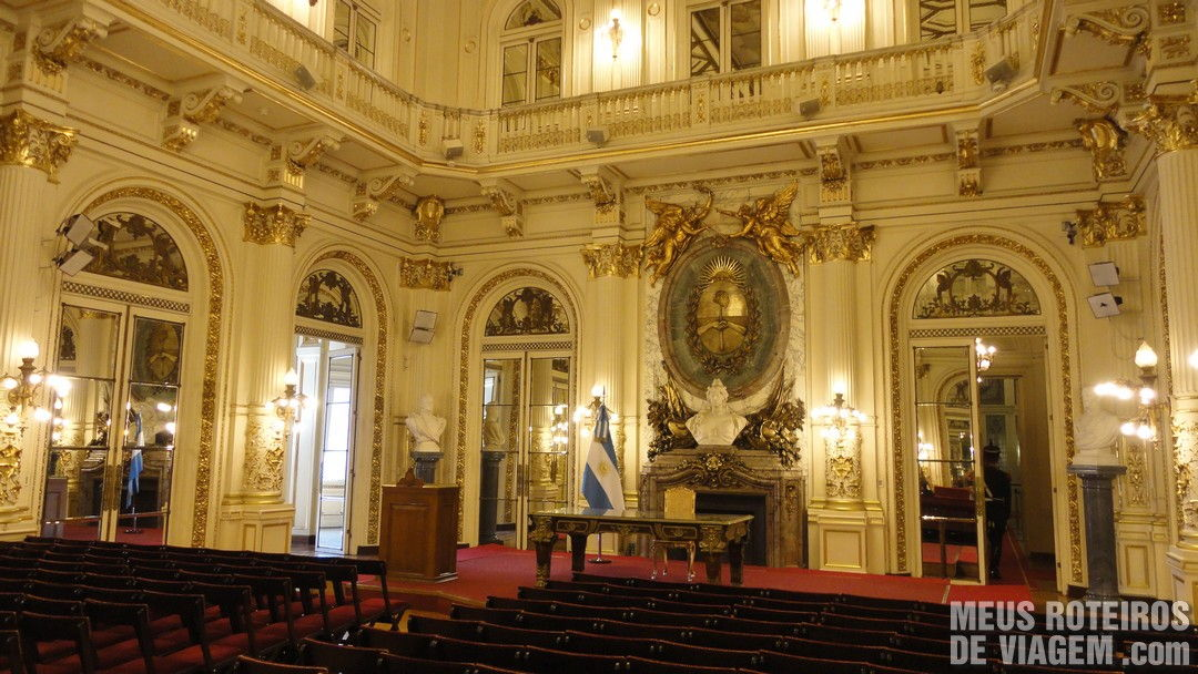 Buenos Aires A Catedral a visita guiada  Casa Rosada e o Museo do Bicentenrio  Meus
