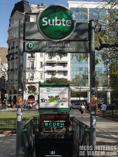 Entrada da estação de metrô de Buenos Aires
