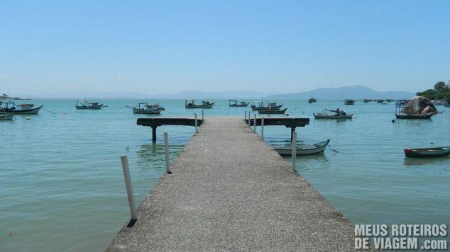 Trapiche na praia de Ganchos do Meio - Governador Celso Ramos