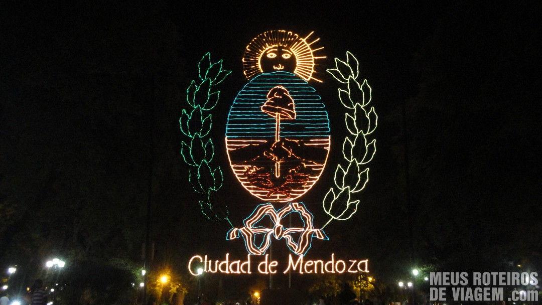 Brasão de Mendoza na Plaza Independencia - Mendoza, Argentina