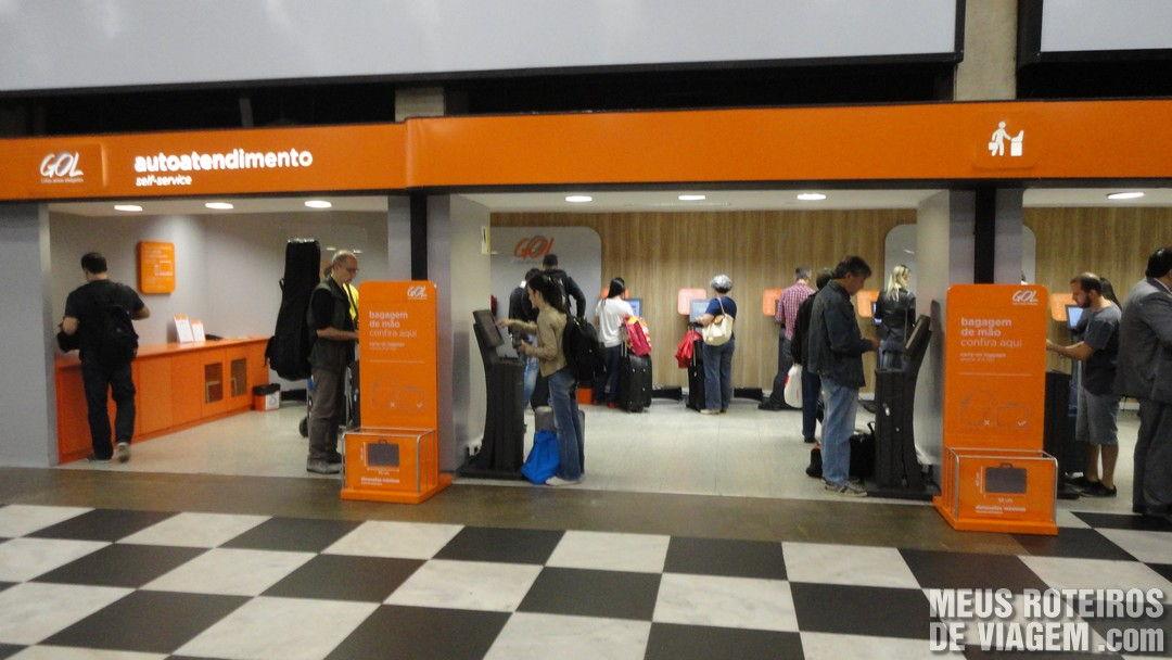 Auto-atendimento da GOL Aeroporto de Congonhas São Paulo