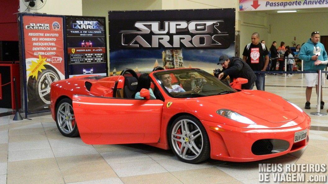 Carro da atração Super Carros (pago à parte)