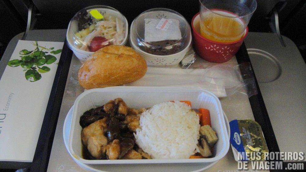 Almoço no voo da Cathay Pacific