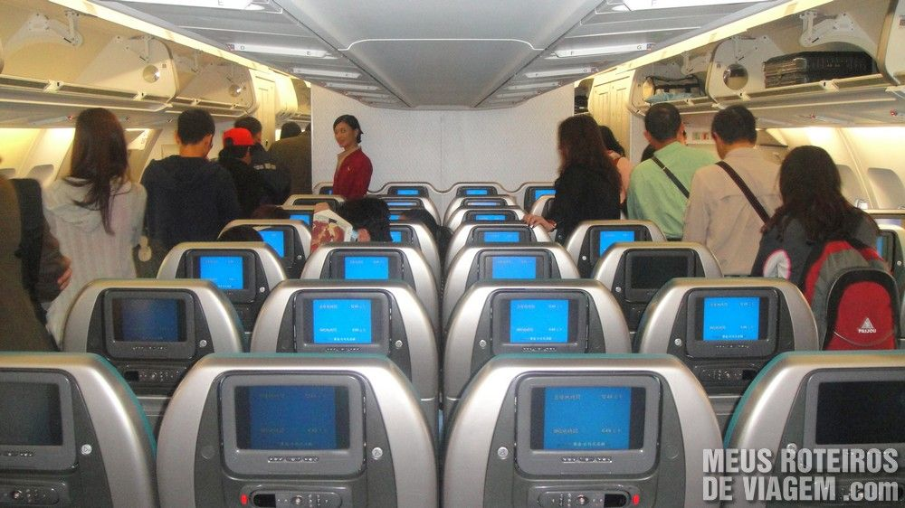 Classe Econômica no A340-300 da Cathay Pacific