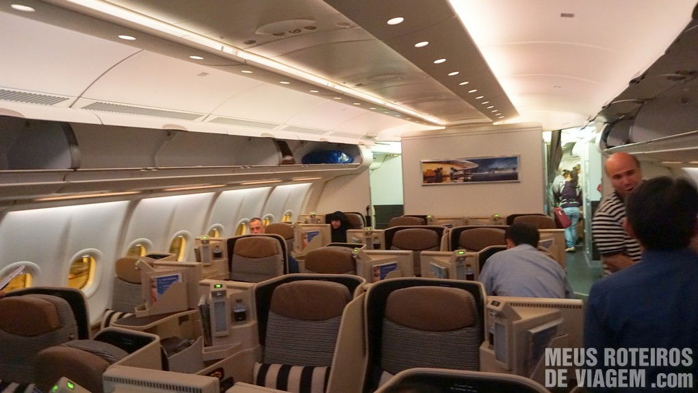 Classe executiva do A330 da Etihad Airways