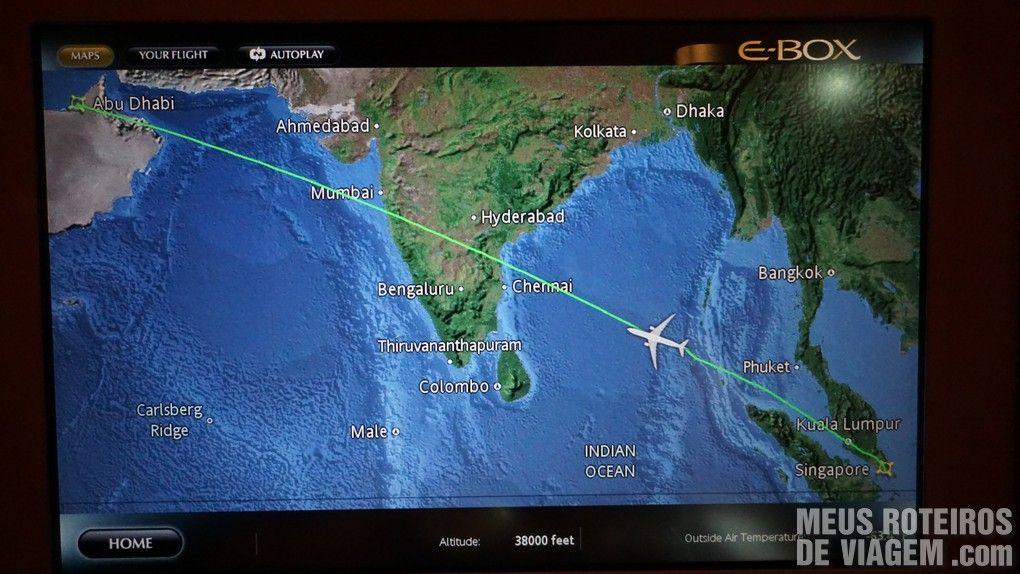 Trajeto do voo entre Cingapura e Abu Dhabi