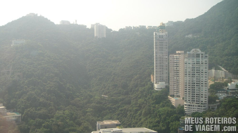 Vista do hotel para The Peak - Hotel Conrad Hong Kong