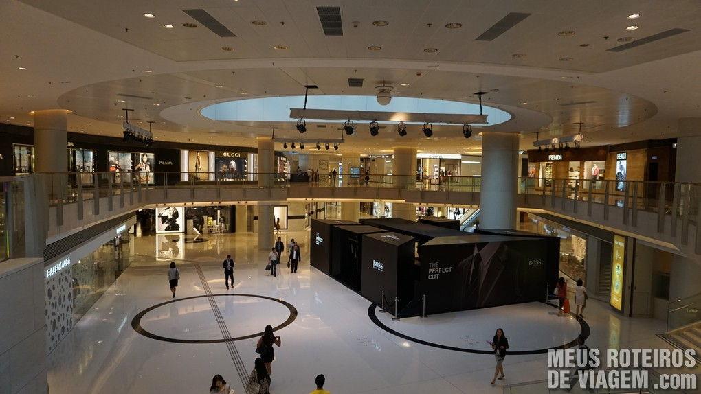 Shopping Elements no edifício ICC - Hong Kong