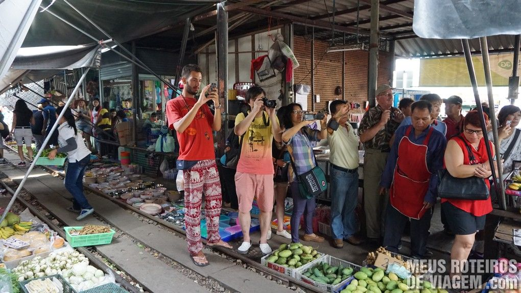 Mercado do Trem - Bangkok, Taildândia