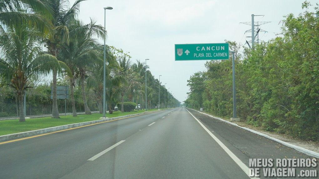 Avenida na Zona Hoteleira de Cancun