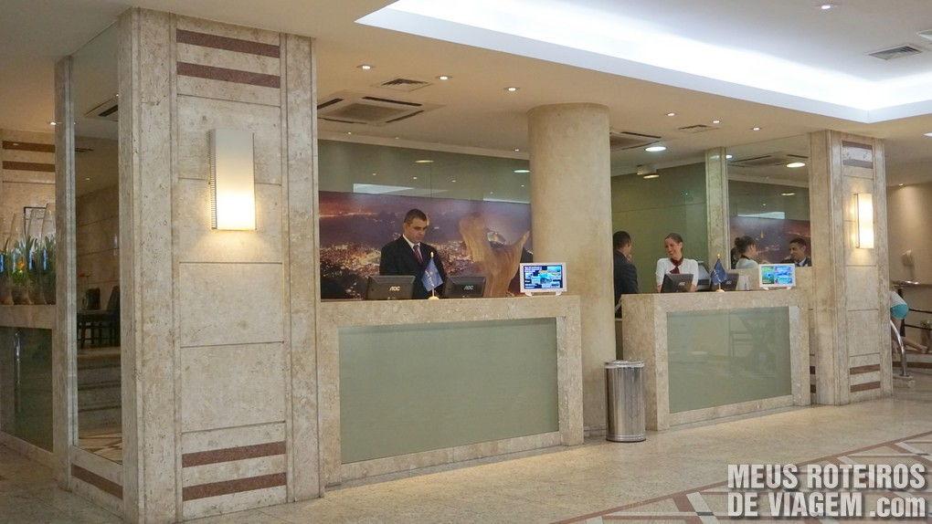 Recepção do hotel Golden Tulip Regente - Rio de Janeiro