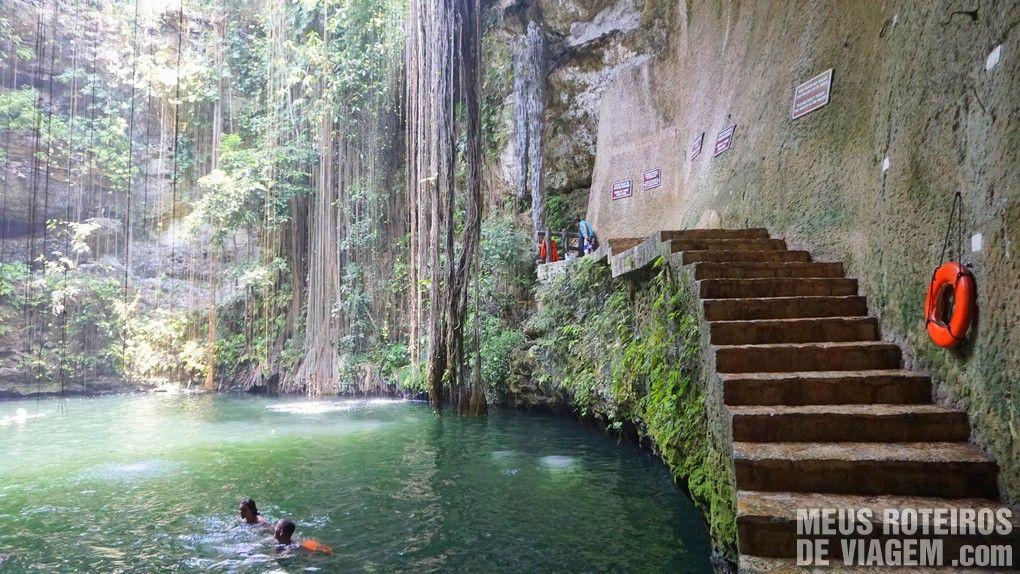 Cenote Ik-Kil - México